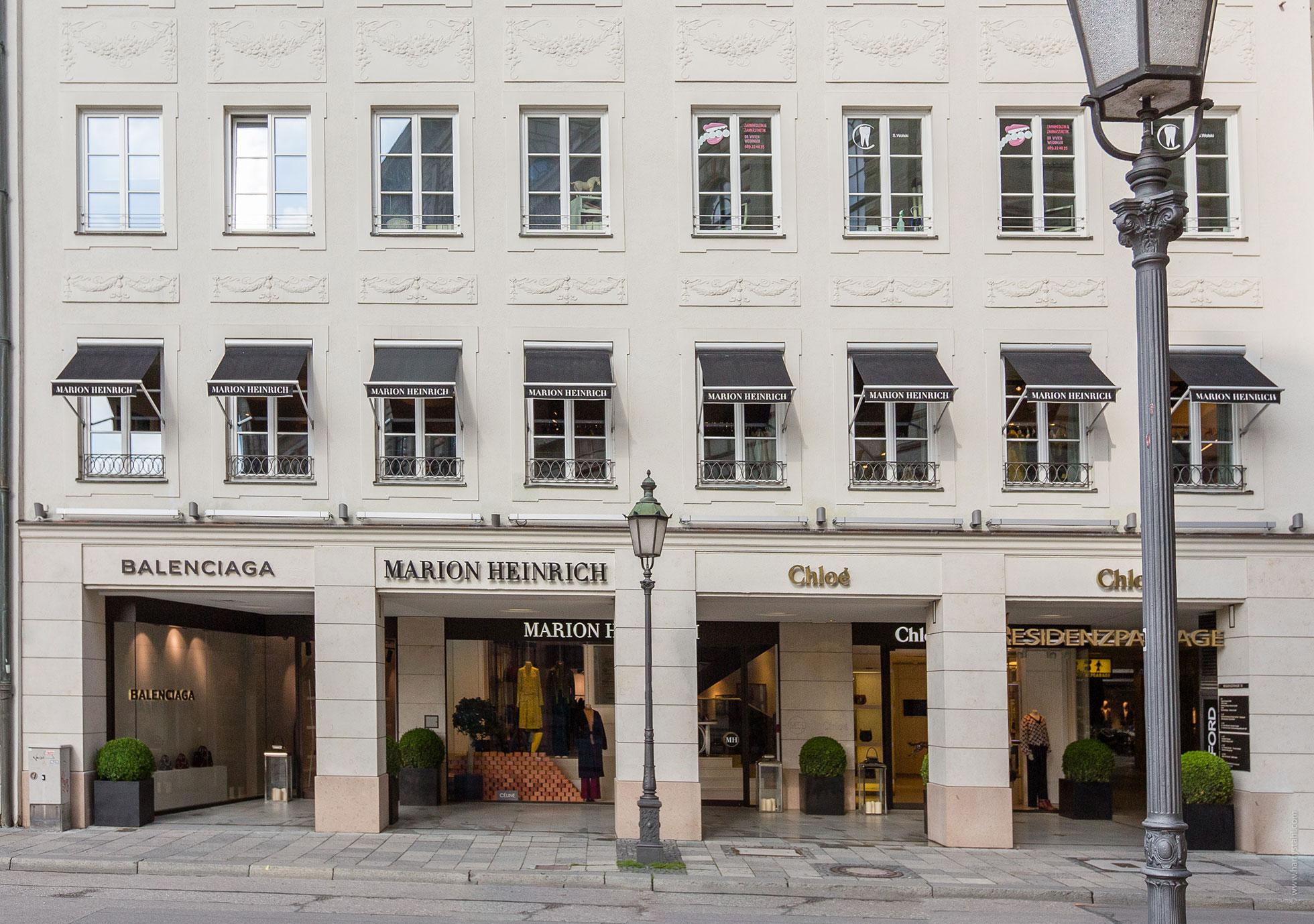 marion-heinrich–balenciaga-store